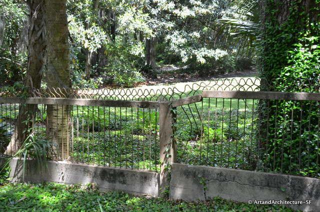 Bobby Pin Fence