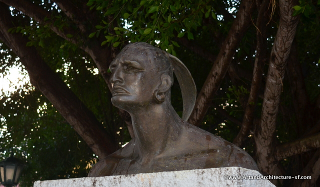 A statue of Hatuey in Independencia Plaza in Baracoa