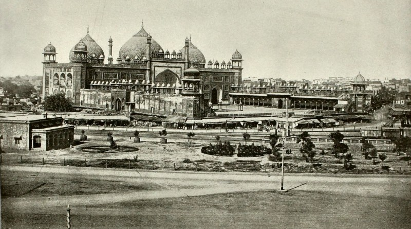 the-pearl-mosque-agra-india