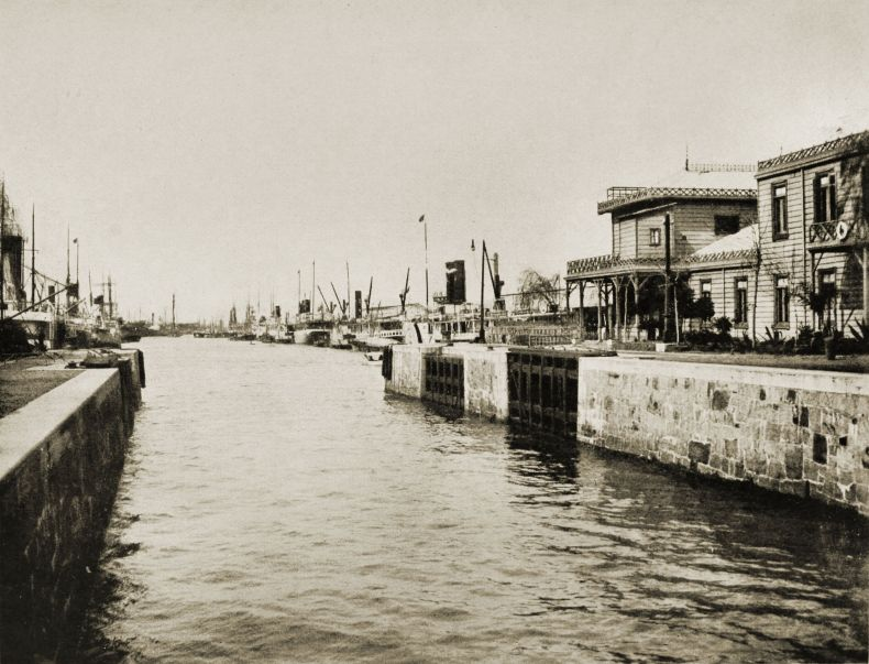 Darsena Sud, Buenos Aires, Argentina about 1917