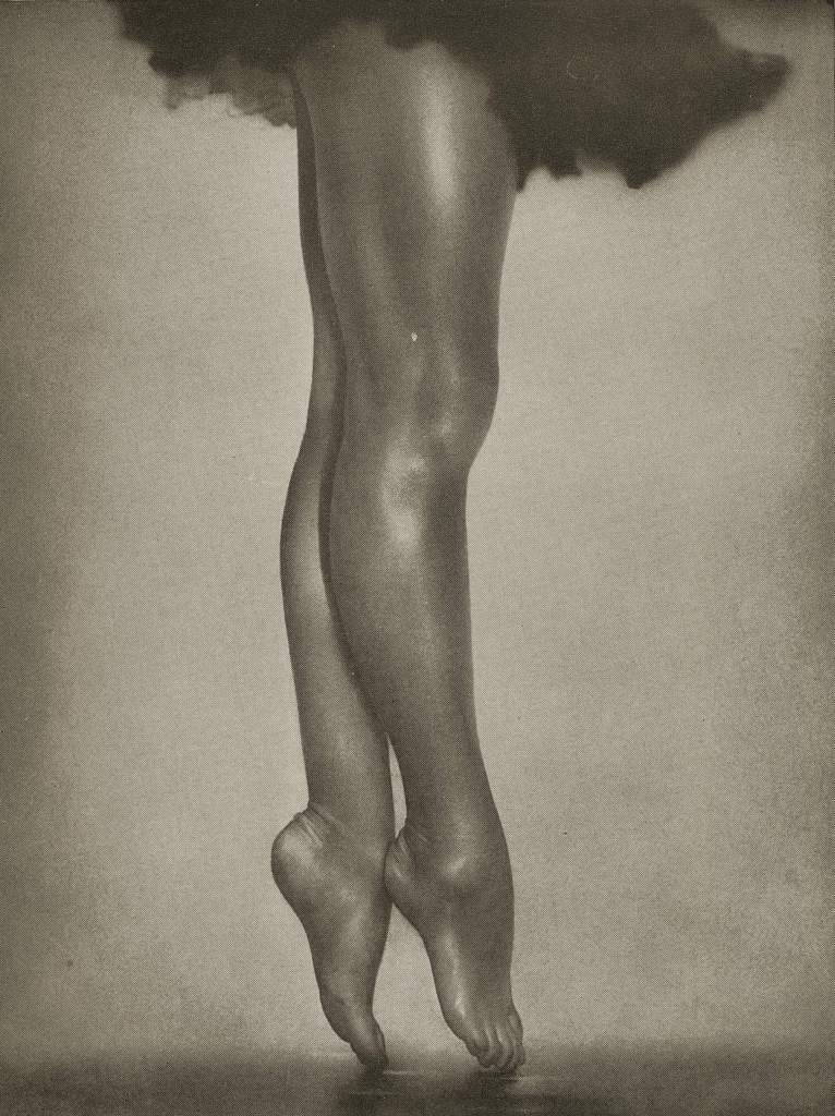 Pas de Ballet by William Mortensen about 1937