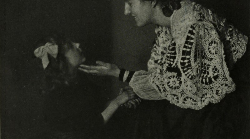 Contact by Rudolf Dührkoop about 1908