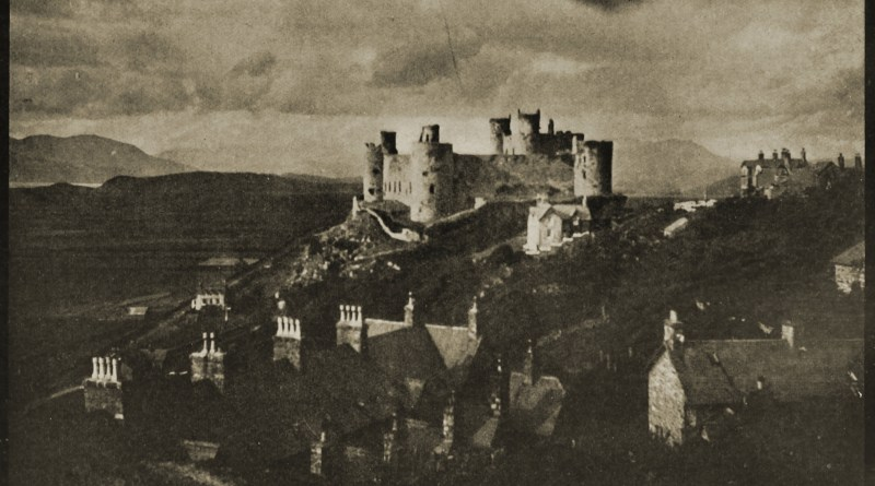 Harlech, Wales by George Davison about 1908