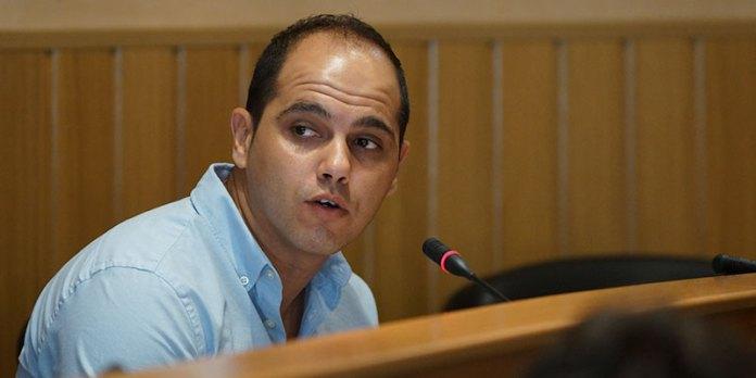 El portavoz de Ciudadanos en Paterna, Jorge Ibañez, durante el pleno