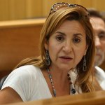 La portavoz popular María Villajos durante un pleno