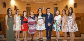 La Reina de las Fiestas de Paterna 2016 junto a su Corte de Honor