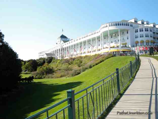 Grand-Hotel-Mackinac-Up