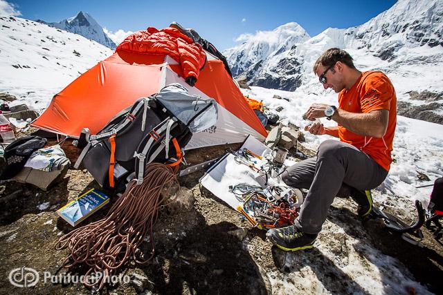 Ueli Steck Annapurna gear