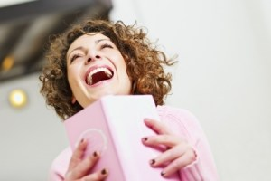 woman laughing 6163885_s