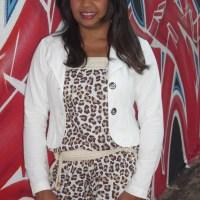 Macacão Animal Print e Blazer Branco