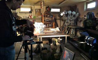 Martin Goldmann im Atelier von Patrick Preller
