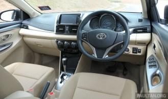 2013_Toyota_Vios_ 017