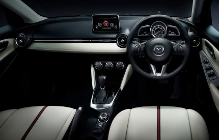 2014 Mazda2 7
