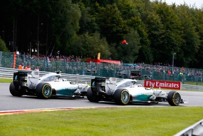 Belgian_GP_Hamilton_Rosberg_06