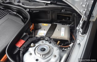 Mercedes Benz E300 Bluetec Hybrid Launched Rm349k