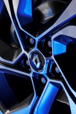 Renault_Megane_IV_074