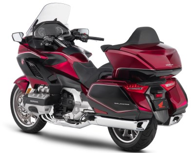 2018 honda goldwing revealed 1,833 cc, rm99.5k