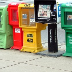 newspapers are dying as the media business models move online