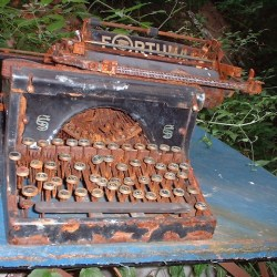 old-typewriters