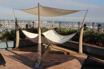 cosy-hammocks-hotel-arts-barcelona