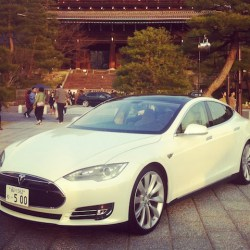 tesla-motors-japan-nttdocomo