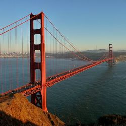 512px-Golden_Gate_Bridge_