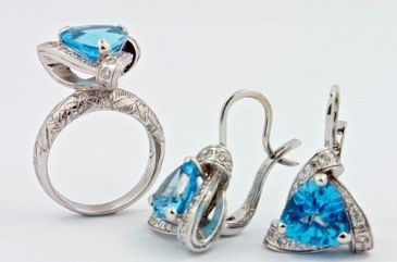 Swiss Blue Topaz And White Gold Earrings $1,200+ (1)