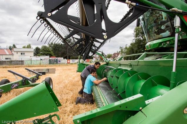 Instant réparation au milieu des champs