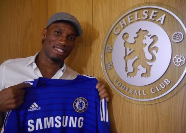 BtZvPTgCUAE3JOq Didier Drogba returns! Chelsea resign the striker on a one year deal [Pictures]