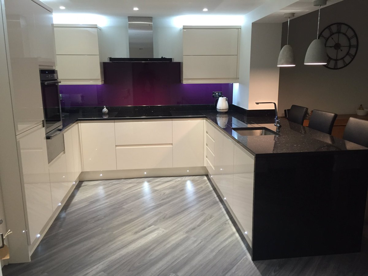 kitchensbydes kitchens by design 0 replies 9 retweets 14 likes