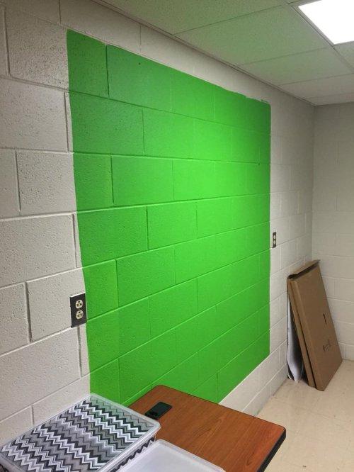 Medium Of Green Screen Paint