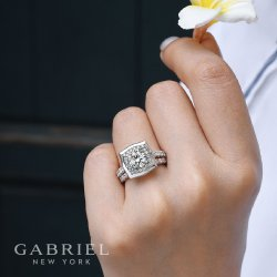 Small Of Wedding Day Diamonds