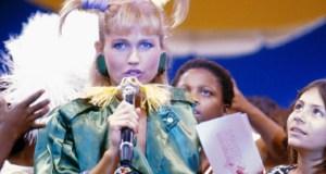 O cabelo com maria-chiquinha e o microfone estilizado foram marcas registradas de Xuxa
