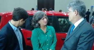 João e Renata Campos durante conversa com o governador paraibano