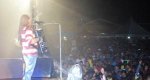 Dorgival Dantas arrastou uma multidão a Praça da Matriz de Mamanguape