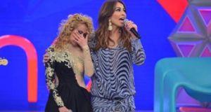 Cantora emocionou plateia e apresentadora