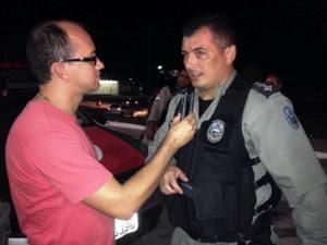 Capitão Alberto Filho, comandante da 2ª CIPM, durante entrevista a equipe do PBVale.