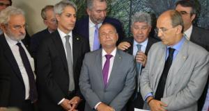 A representação protocolada  na Corregedoria da Câmara dos Deputados contra o presidente da Casa é assinadapor 29 parlamentares de seis legendasFabio Rodrigues Pozzebom/Agência Brasil