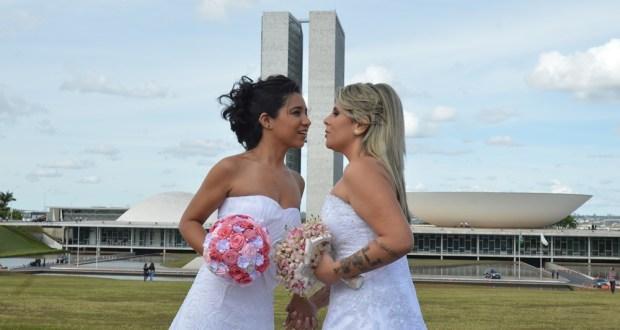casamento entre mulheres