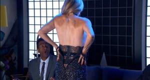 Maitê Proença tirou a roupa durante o programa e arrancou suspiros dos colegas (Foto: Reprodução/SporTV)