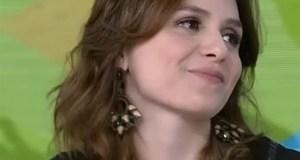 Monica Iozzi se emociona ao vivo (Foto: Vídeo Show / Gshow)