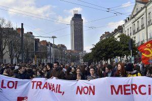 Manifestation-a-Nantes-contre-la-loi-Travail