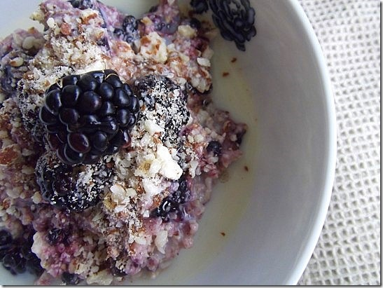 Blackberry crumble overnight oats (2)
