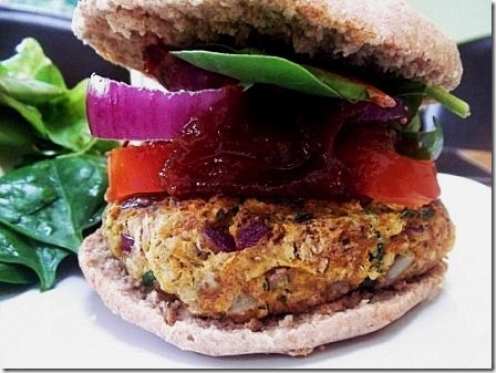 Vegan Cannellini Seedy Burger (17)