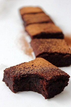 All kinds of almond brownies (4)