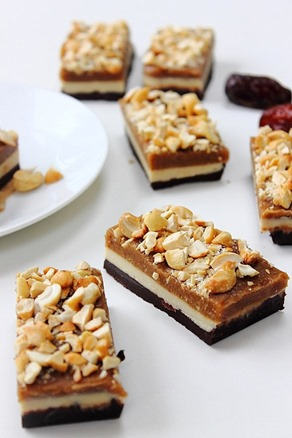Raw Snickers Layer Bars (20)