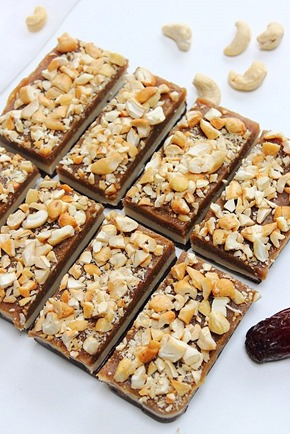 Raw Snickers Layer Bars (6)