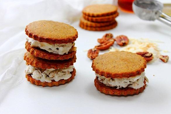 Smore Ice Cream Sandwiches (65)