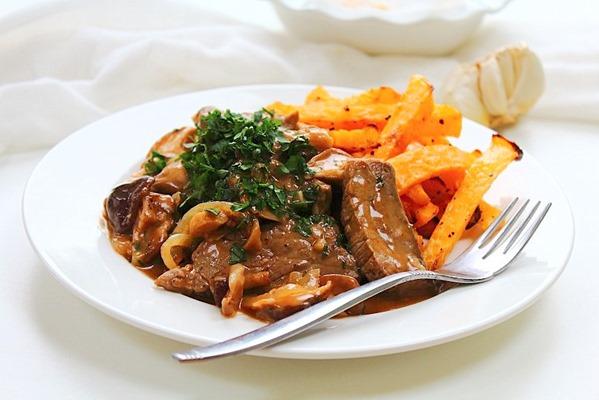 Beef and Mushroom Stroganoff (15)