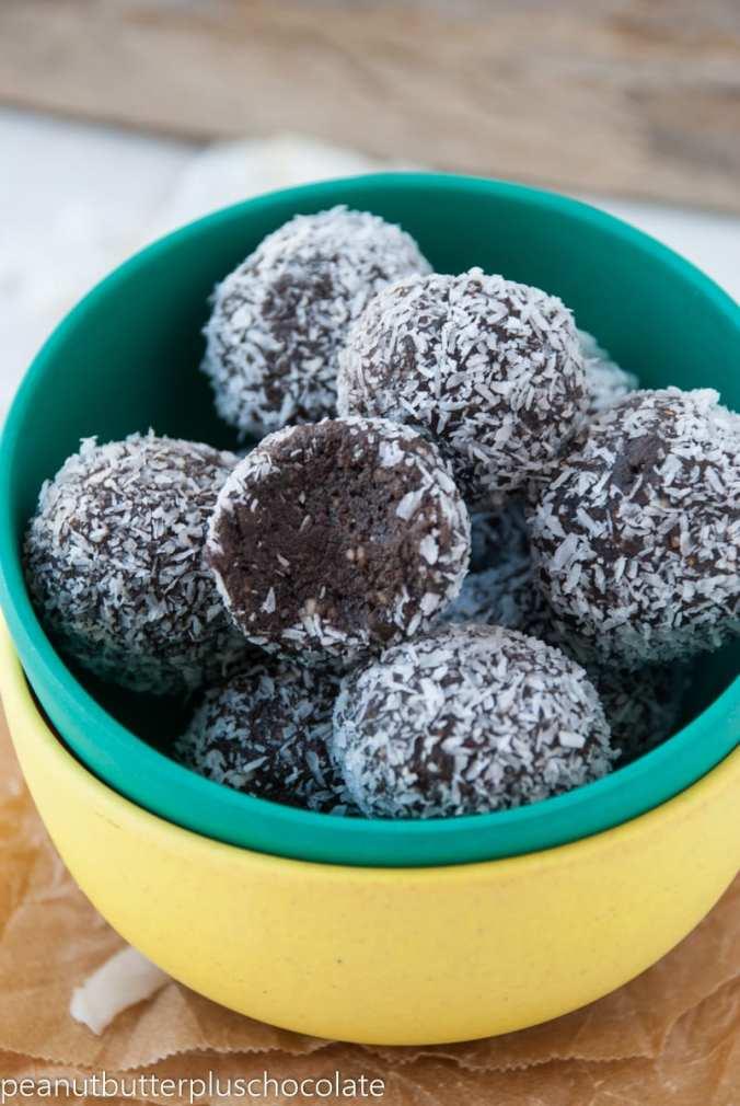 No Bake Coconut Brownie Energy Bites